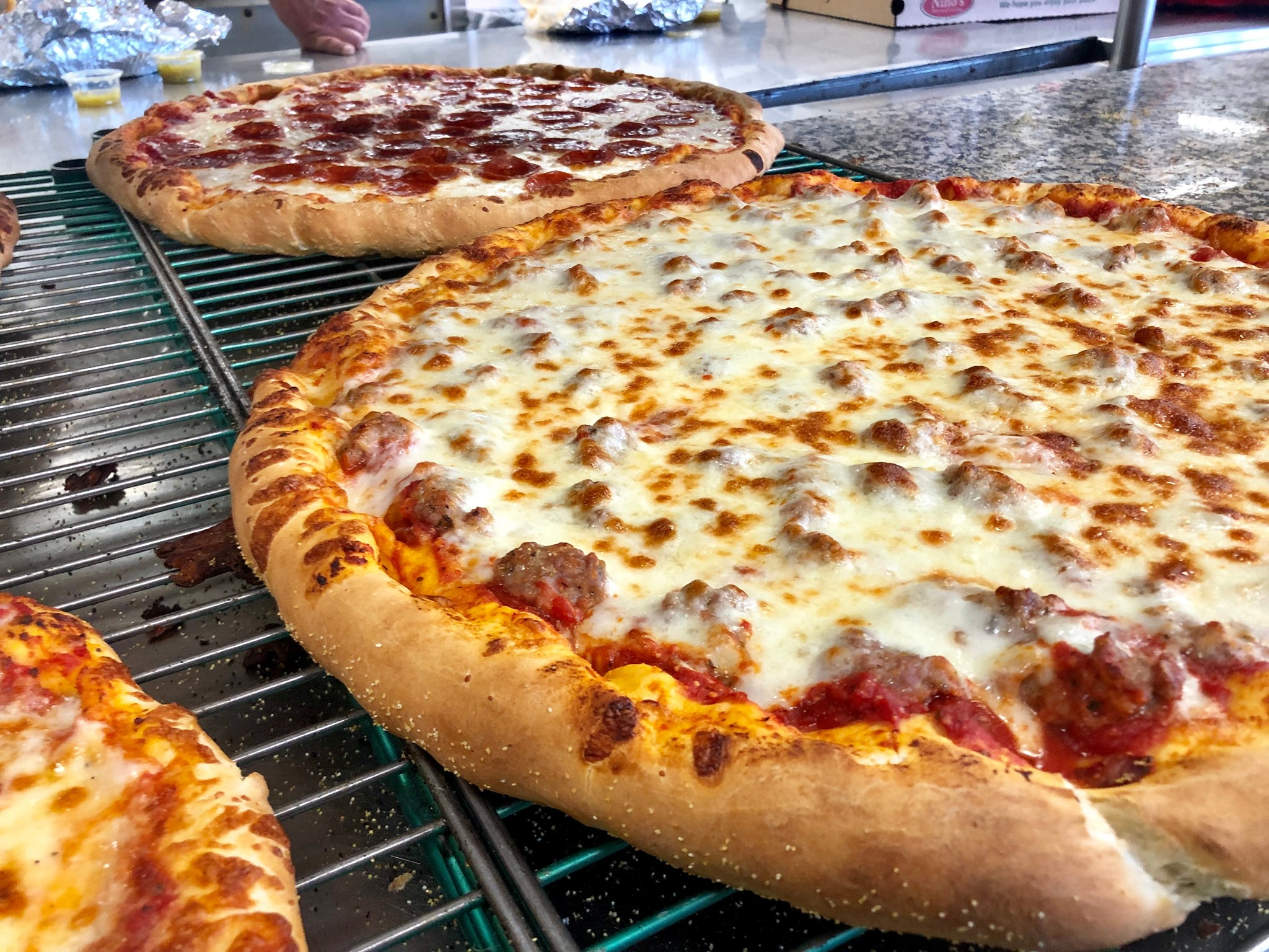 ninos pizzeria and catering in buffalo grove il